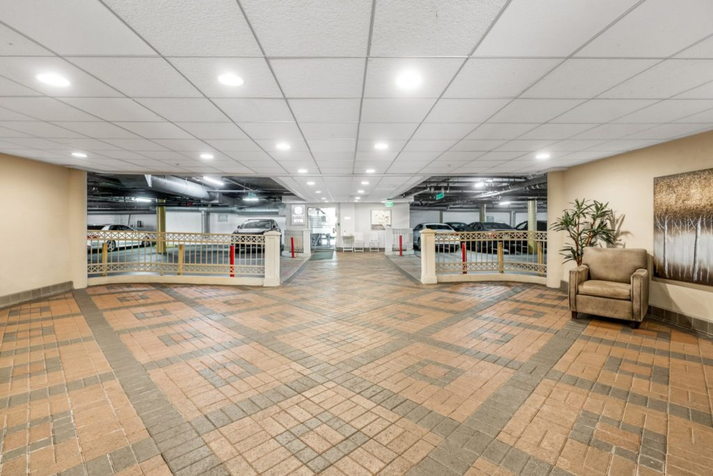 620 S Gramercy - Lobby 3